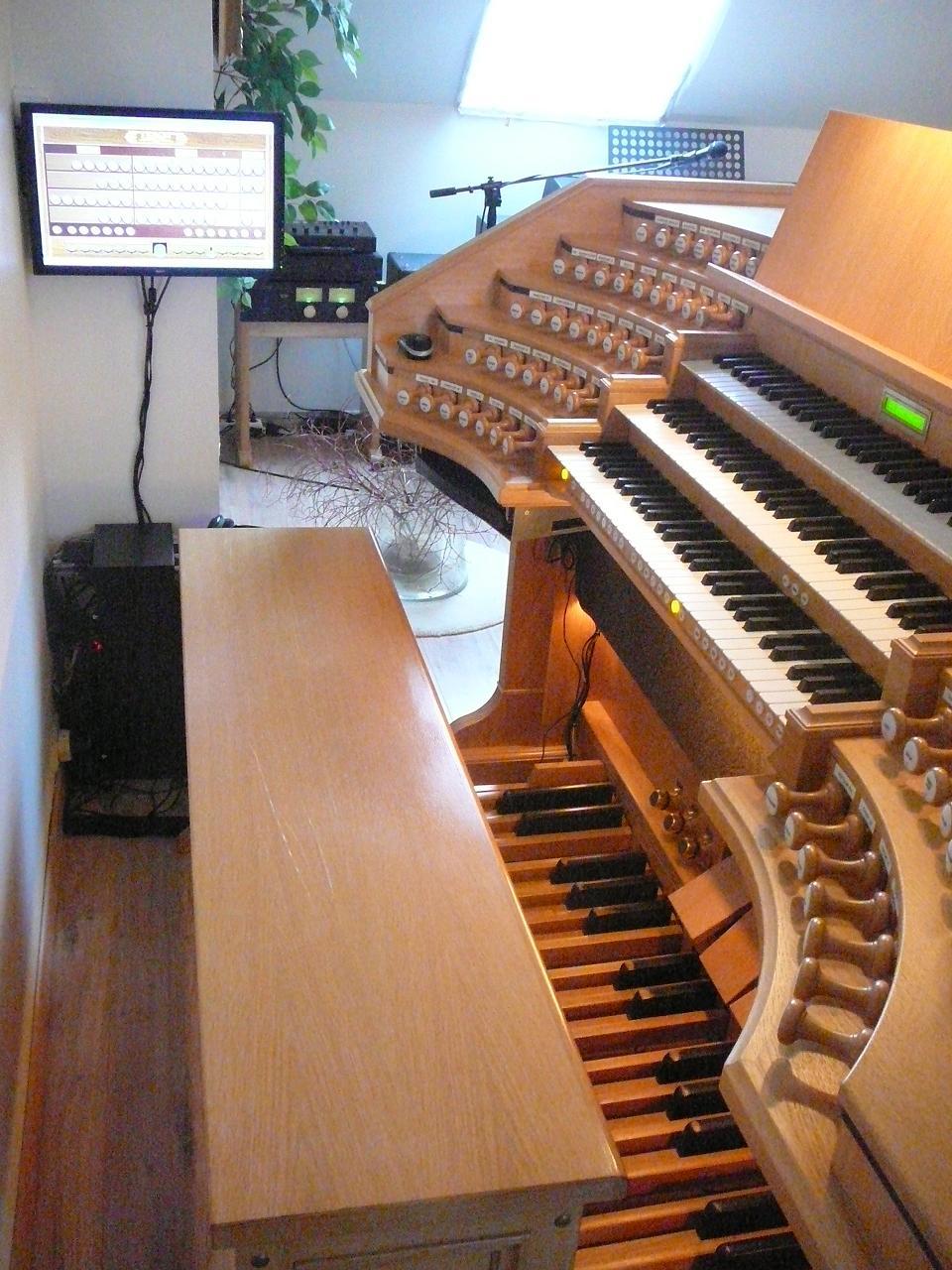 Création d'une console d'orgue virtuel (màj 24/01/2012) - Page 4 KoenVanDammeDetail